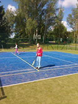 Hrajeme tenis